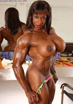 nude Yvette bova