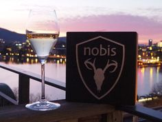 Keeping The Cold Out In Style With Nobis Coats and Jackets. Fashion and function with the latest Fall / Winter collection from Nobis Winter Season, Fall Winter, White Ducks, Premium Brands, Rooftops, Interesting News, At The Hotel, Warm Coat, Zurich