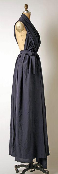 Evening dress   Madame Grès (Alix Barton) (French, Paris 1903–1993 Var region)  Date: late 1960s–mid-1980s Culture: French Medium: silk. Sideway