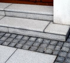 Grey granite paving and setts White House Garden, Granite Paving, Garden Tiles, Tile Stairs, Painted Hills, Boundary Walls, Timber Panelling, Flower Nursery, Garden Steps
