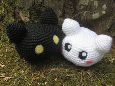 This pattern teaches you how to make the Digimon Botamon and Yukimibotamon (since they are both of similar size and design).