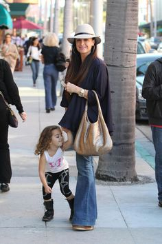 Kyle Richards Out and About in Beverly HIlls - Pictures - Zimbio