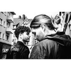 #binfotografischnochimsommer #music #tiavo #hiphop #fadedcreativity #pictures #pics #photo #photodocumentation #documentation #reportage #SB #Saarbrücken #Saarland #Saar #saarbrooklyn #street #streetlife #walkby #photowalk #dailylife #everyday #bnw_planet #fuji #fujifilm #xt2 #fujifilmxt2 #mood #citylife @tiavo66 @cm.winter