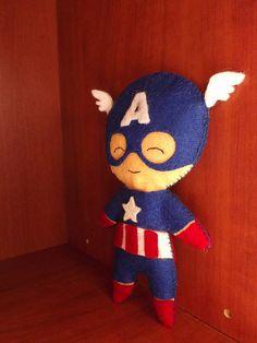 Captain America vilt poppetje 16 cm van CrafterEyes op Etsy, €12.95