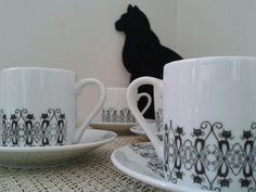 Porcelanas pintadas. Gatos