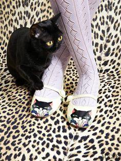 El gato negro de las brujas sabias #BambiniAllaModa www.gigiotopo.com