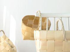 Finnish handmade wooden baskets Indian Baskets, Wooden Basket, Wood Detail, Paper Plane, Wood Interiors, Handmade Wooden, Scandinavian Design, Wood Furniture, Tableware