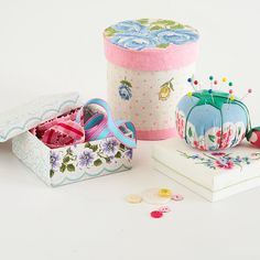 Handkerchief wrapped pincushion vintag handkerchief, sew project, craft idea, pincushions, vintage handkerchiefs, pin cushion, handkerchief pincushion, kid craft, linen