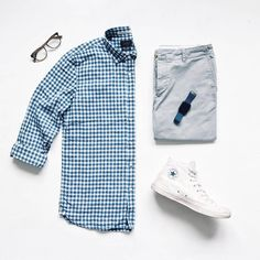 Stylish Mens Clothes That Any Guy Would Love – Mens Clothing Ideas Style Hipster, Style Casual, Men Casual, Mens Fashion Blog, Look Fashion, Fashion Outfits, Moda Converse, Wardrobe Systems, Casual Outfits