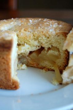 Russian Grandmother Apple Cake