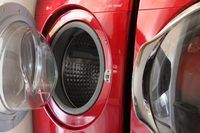 How to Clean a Front Loading Washing Machine With Vinegar | eHow