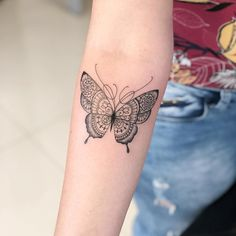 2019 sinnvolle Schmetterling Tattoo Designs – – 2019 Sinnvolle Butterfly Tattoo… – tattoos for women meaningful Butterfly Mandala Tattoo, Unique Butterfly Tattoos, Butterfly Tattoo Designs, Dragon Tattoo Designs, Simple Butterfly, Morpho Butterfly, Monarch Butterfly, Yellow Butterfly Tattoo, Butterfly Tattoo Meaning
