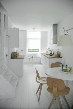 White kitchen via my scandinavian home House Design, Scandinavian Home, Home And Living, Scandinavian Kitchen Design, Interior Design, House Interior, Interior, White Interior, Home Decor