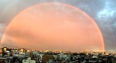 赤み帯びた二重の虹、なぜ? 東京の幻想的な光景のわけ:朝日新聞デジタル