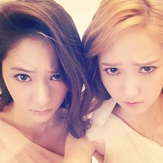 Fx Krystal and SNSD Jessica /  Can't deny we look alike :P