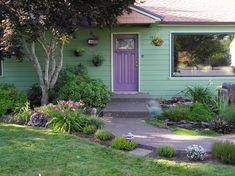 Garden pics - Daylily Forum - GardenWeb Lavender Hedge, Lavender Green, Green And Purple, Purple Haze, Aqua Door, Purple Door, House Paint Exterior, Exterior House Colors, Exterior Houses