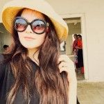 Stunning Beach Pictures of Chic Aiman Khan and Beautiful Minal Khan Styles Cat Eye Sunglasses, Round Sunglasses, Pakistani Models, Aiman Khan, Celebs, Celebrities, Beach Pictures, Chic, Beautiful