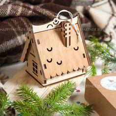 Купить корпоративный подарок «Ёлочный домик» в Москве и Санкт-Петербурге