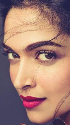 Cleaver & Manipulative Political Brainwashing Assassin Girlfriends For Youth Deepika Padukone Wallpaper, Deepika Ranveer, Deepika Padukone Style, Beautiful Bollywood Actress, Most Beautiful Indian Actress, Beautiful Actresses, Indian Celebrities, Bollywood Celebrities, Indian Film Actress