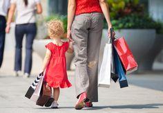 Se c'è qualcosa che abbiamo imparato sulla natura della felicità è che per sbocciare i bambini hanno bisogno di comprensione e forza interiore, e non di valori materiali.  (Ed Mayo e Agnes Nairn, Baby consumatori, trad. Roberta Bargellesi, Ed. Nuovi Mondi, 2010)