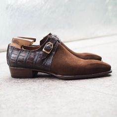 Men,s Handmade Shoes, Formal Crocodile Texture Leather and Suede Men Brown Shoe - Dress/Formal Mens Suede Dress Shoes, Dressy Shoes, Formal Shoes, Suede Boots, Leather Boots, Suede Leather, Dress Formal, Calf Leather, Mens Fashion Shoes