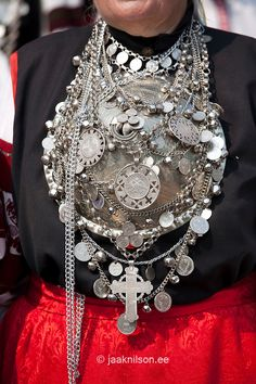 Silver Brooch, Seto Folk Festival Seto Kuningriigi Päev in Mikitamäe, Setomaa, Põlva County, Estonia, Europe
