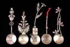 Roberta and David Williamson silver spoons with bee and flower themes Jewelry Art, Jewelry Design, Jewellery, Bee Jewelry, Philadelphia Museum Of Art, Insect Art, Silver Spoons, American Crafts, Antique Prints