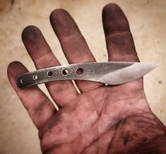 Z procesu ... #jk #vyrobanozu #knifemaking #nuz #knife #handmade #rucniprace #madewithlove❤️#kiridashi #vyrobenoslaskou #inprocess #pardubice #hradeckralove