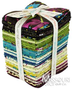Soho Chic Fat Quarter Bundle - Sandy Gervais - Moda Fabrics