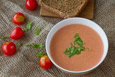 Déjà vu: Estonian tomato and smoked cheese soup recipe