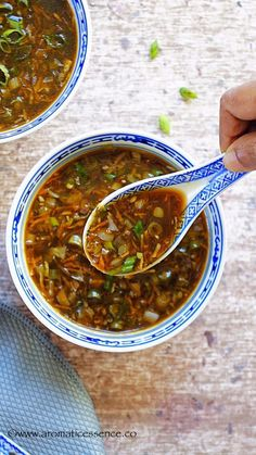 Hot & Sour Soup (Vegan, Indian Chinese Style) - Aromatic Essence If you think. Chinese Soup Recipes, Indian Food Recipes, Asian Recipes, Vegan Indian Food, Indian Snacks, Vegetarian Soup, Vegetarian Recipes, Cooking Recipes, Healthy Recipes