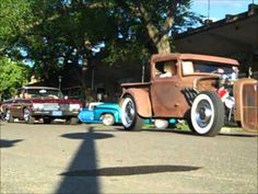 World's biggest classic car show! Pt. 2 Back to the Fifties 2012 Friday compilation - YouTube