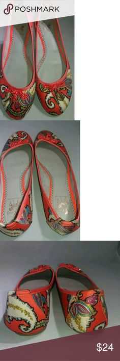 Sam Edelman Ava Circus Silk Floral In like new condition  Made of a silky fabric, with a paisley design Sam Edelman Shoes Flats & Loafers