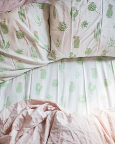 """34.6k Likes, 306 Comments - Urban Outfitters (@urbanoutfitters) on Instagram: """"Cacti love you. #UOHome @UrbanOutfittersHome : @caitpoli @delaneypoli"""""""