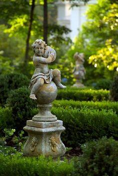thefullerview:  (via garden architecture II / Shook Residence Gallery, stunning formal gardens.)