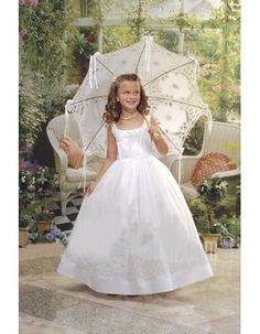 Cute Ball Gown Square White Full Length Embroidery First Communion Dresses/ Affordable Wide Straps Flower Girl Dresses Under 100