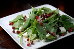 baby spinach salad with pomegranate seeds and goat cheese crumbles Baby Spinach Salads, Spinach Salad Recipes, Spinach Strawberry Salad, My Favorite Food, Favorite Recipes, Appetizer Salads, Appetizers, Balsamic Dressing, Pomegranate Seeds