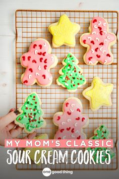 How To Make My Mom's Famous Sour Cream Cookies Move over sugar cookies, because there's a new Christmas cookie in town! Learn how to make my mom's famously soft and fluffy Sour Cream Cookies here. Sour Cream Sugar Cookies, Sugar Cookies Recipe, Cream And Sugar, Cookies And Cream, Yummy Cookies, Cookie Recipes, Bar Recipes, Cookie Ideas, Cookie Desserts