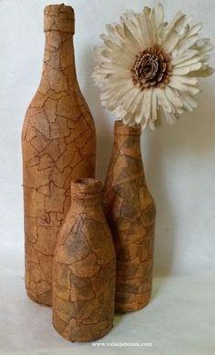 DIY Botella vintage:: Masking tape Vintage bottle (Diorizella Events & Crafts), My Crafts and DIY Wine Bottle Corks, Glass Bottle Crafts, Diy Bottle, Bottle Vase, Masking Tape Art, Decoupage Glass, Jar Art, Altered Bottles, Vintage Bottles