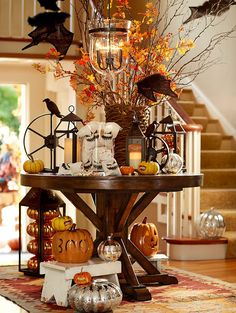 Halloween Decor: entryway with #pumpkins, ghouls and goblins galore.