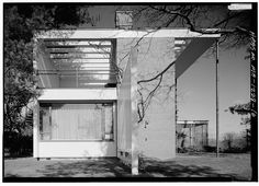 Gropius House, Lincoln, Middlesex County, MA, 1938, Alternate name: Storrow House