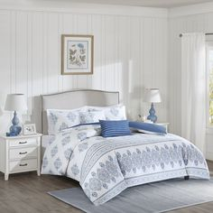 The Harbor House Sanibel Comforter Set is perfect for those looking to bring in…