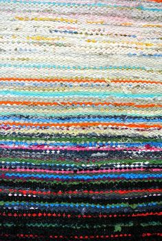Recycled Fabric, Woven Rug, Rag Rugs, Recycling, Weaving, Art Deco, Textiles, Diy Crafts, Prints