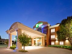 Plano (TX) Holiday Inn Express Hotel & Suites Dallas-North Tollway/North Plano United States, North America Holiday Inn Express Hotel & Suites Dallas-North To is perfectly located for both business and leisure guests in Plano (TX). Featuring a complete list of amenities, guests will find their stay at the property a comfortable one. Free Wi-Fi in all rooms, 24-hour front desk, facilities for disabled guests, meeting facilities, business center are just some of the facilities o...
