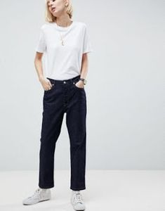 Discover cheap jeans for women at ASOS Outlet. Shop the latest collection of jeans at cheap prices. Cheap Jeans For Women, Clothes For Women, Denim Trends, Dark Denim, Pop Fashion, Jeans Style, Asos, Fashion Online, Latest Trends