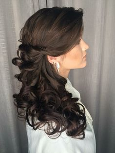 Casamento Side Curls Hairstyles, Wedding Hairstyles, Elegant Wedding Hair, Wedding Hair Down, Mother Of The Bride Hair, Pageant Hair, Quinceanera Hairstyles, Lilac Hair, Wedding Hair Inspiration