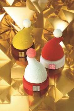 Fauchon is give Christmas Suites - red, yellow, white appearance of Santa's hat is turned mousse cake | News - Fashion Press