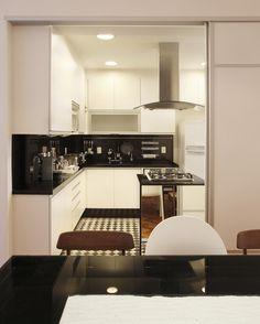 apartamento no Leblon assinado pelas arquitetas Roberta Moura, Paula Faria e Luciana Mambrini - foto 1