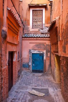 Marrakech - Tom Robinson Photography -  - #Marrakech, point of departure and arrival of all Maroc Désert Expérience tours http://www.marocdesertexperience.com