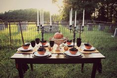 A spooky Halloween party table with a spookier setting!